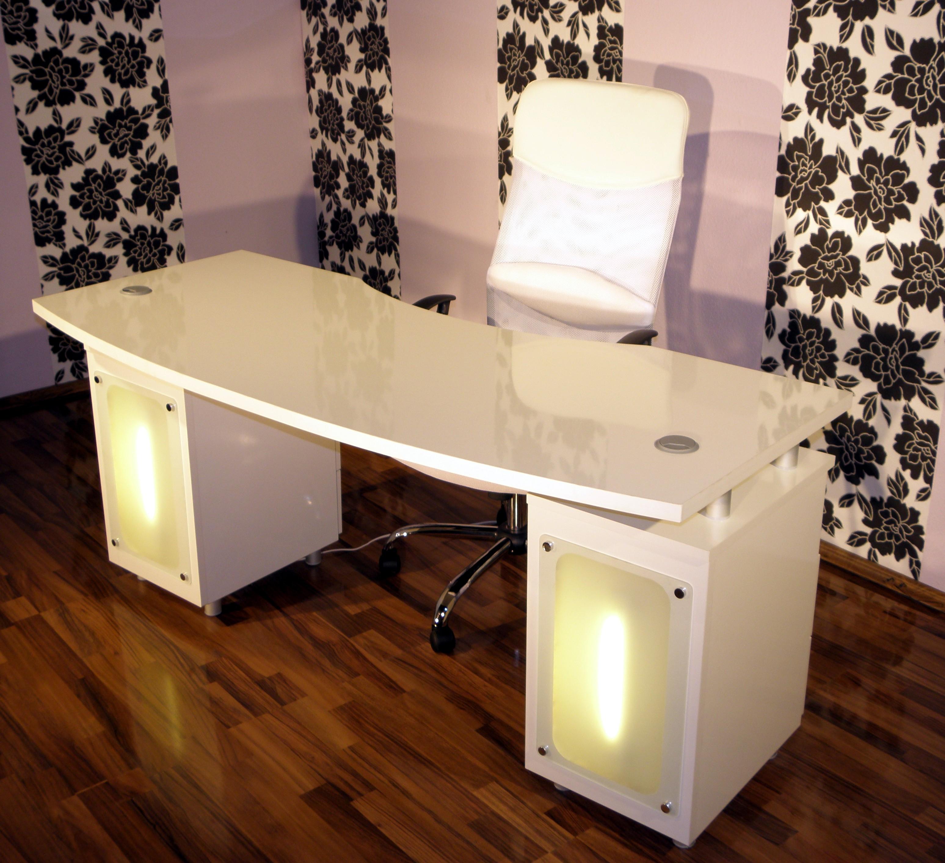 nageltische nageltisch manik rtische nach ma von. Black Bedroom Furniture Sets. Home Design Ideas